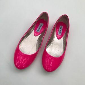 Steve Madden flats. Neon pink size 8.